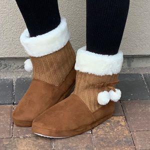Pom Pom Mule Slipper Cozy Keep Warm Bootie